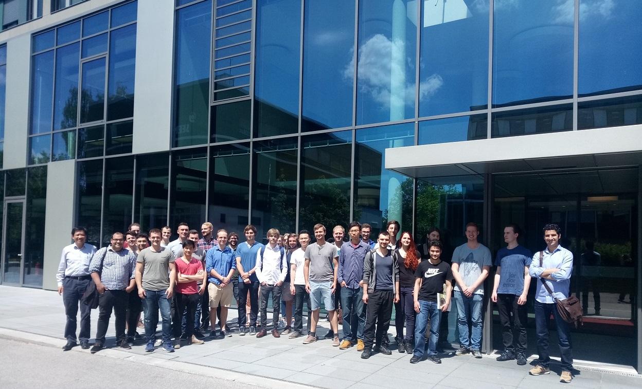 www.fb06.fh-muenchen.de/fb/images/img_upld/nachrichten/exkursion_maller_bbm_profwu.jpg